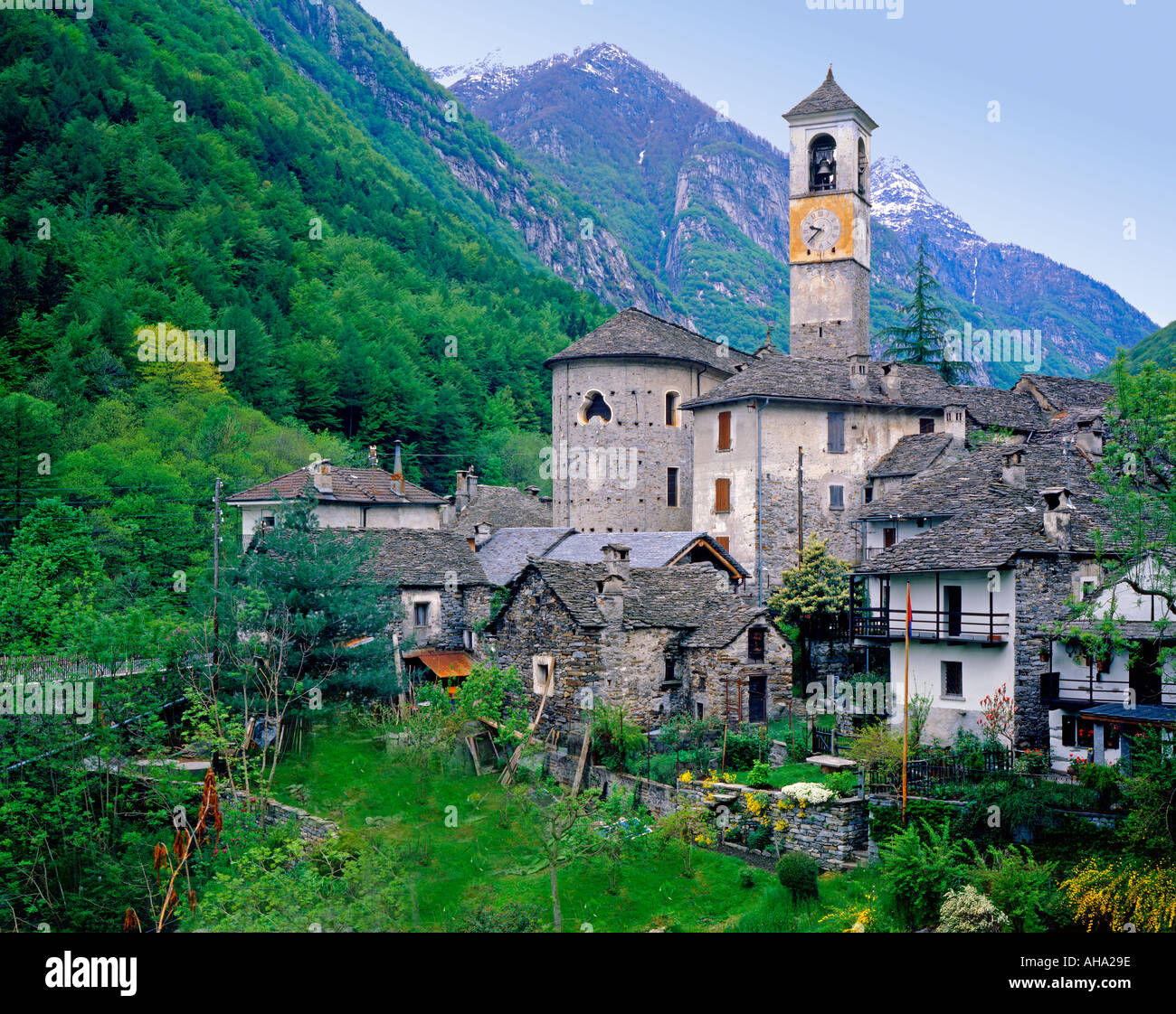 how to get to valle verzasca