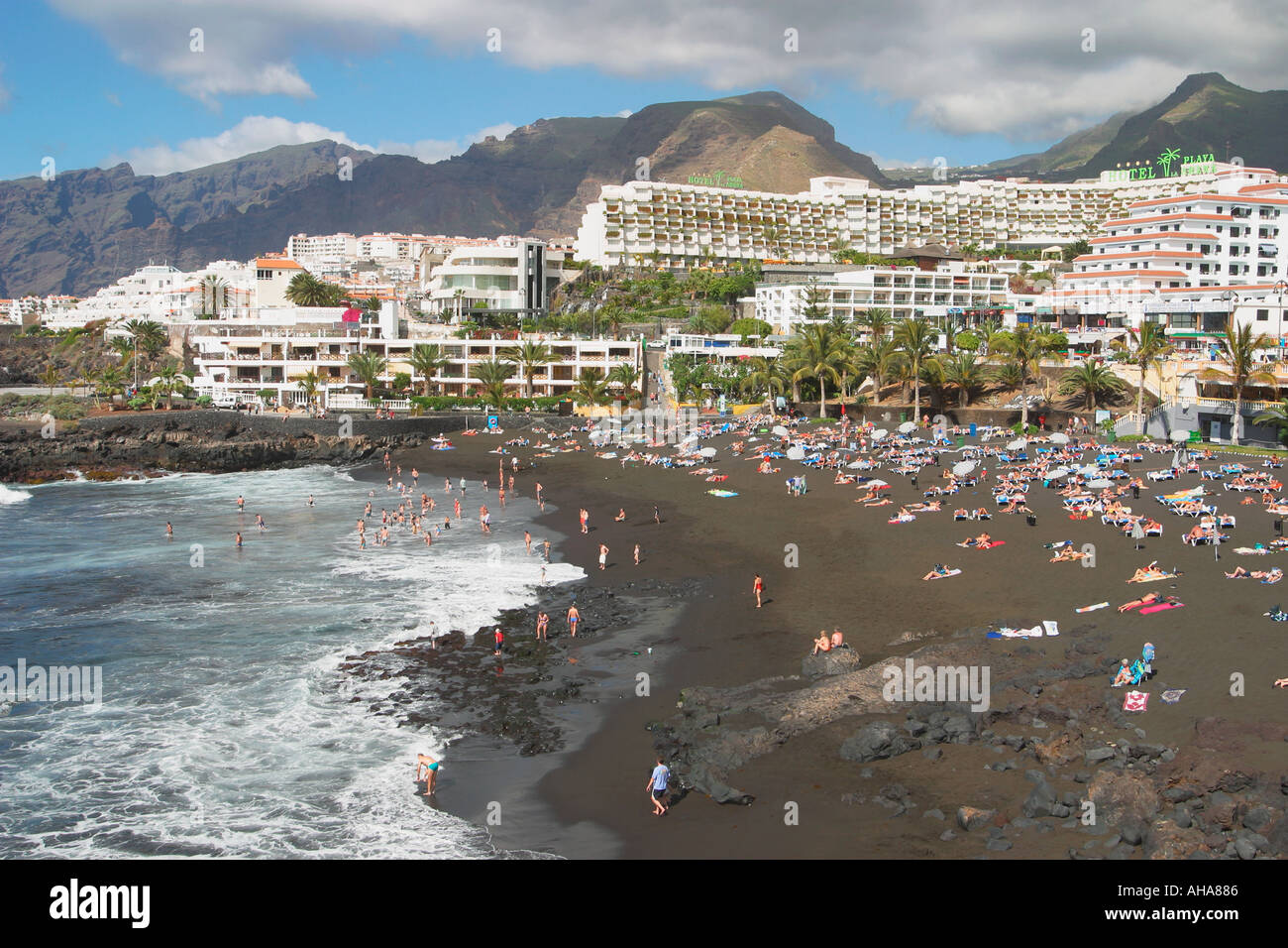 Playa de la arena puerto de santiago tenerife canary islands spain stock photo 1157253 alamy - Puerto santiago tenerife mapa ...