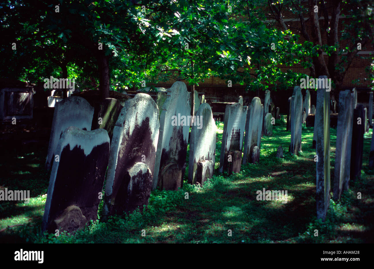 Headstones of graves in the Bunhill Fields Cemetery London EC1 England UK Stock Photo