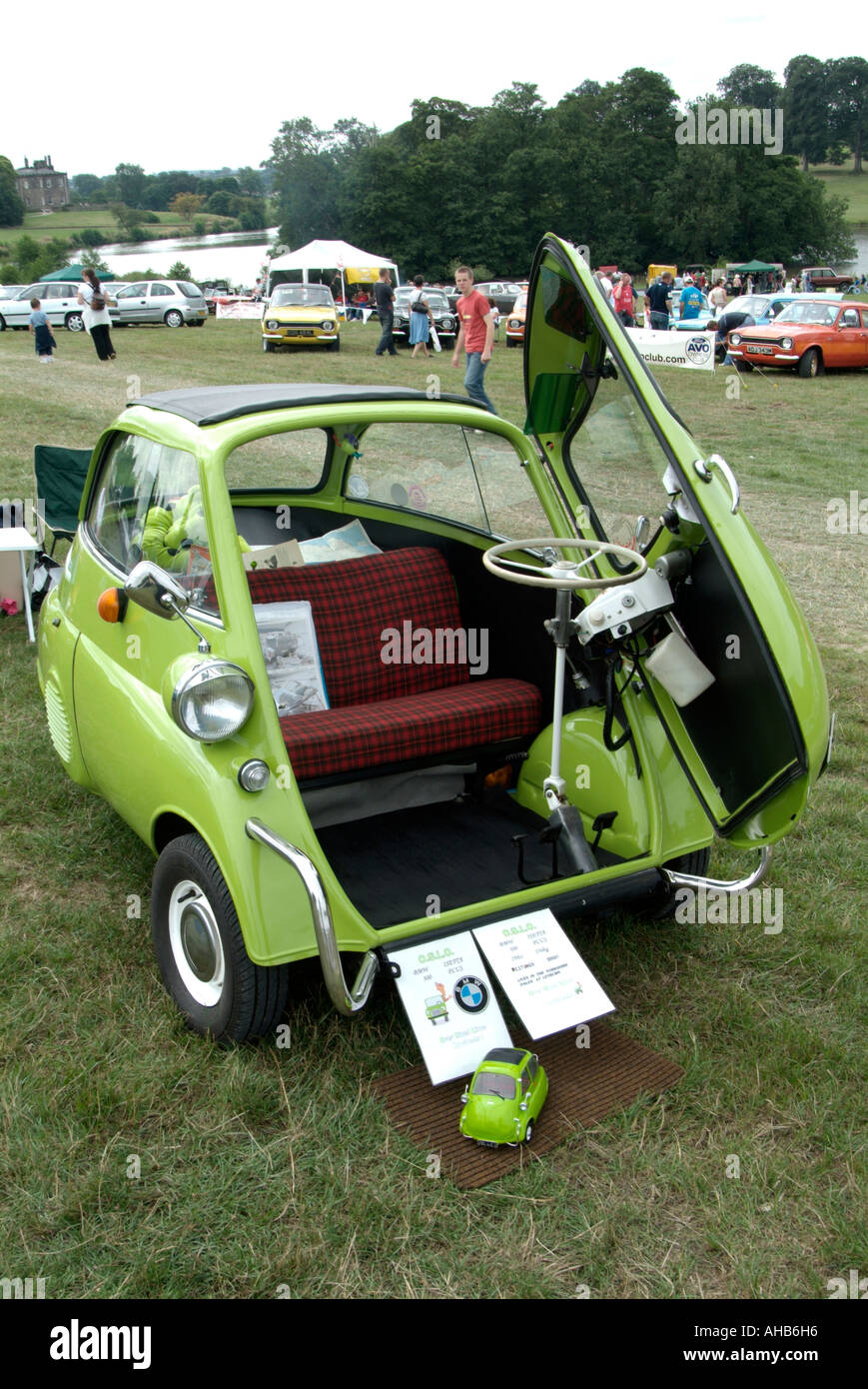 Bubble Car Bmw Three Wheeler Wheel Classic Small Tiny City