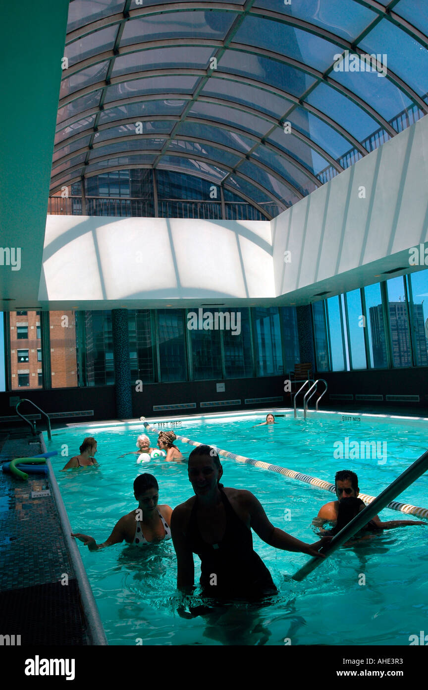 Hotel Parker Meridien pool and sun deck in New York City Stock Photo