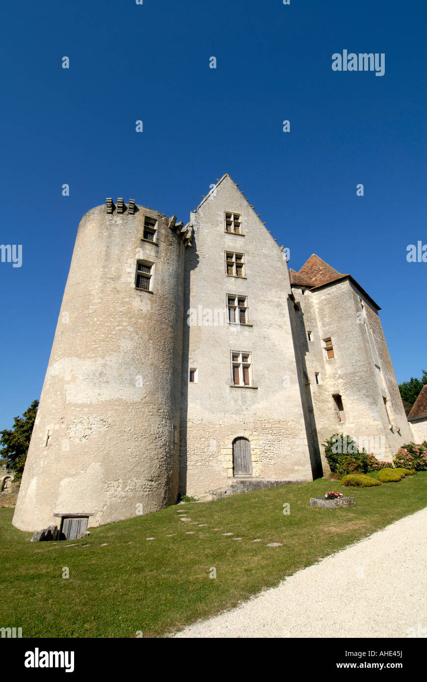 Remains of feudal chateau / fortress in the village of Betz-le-Chateau, Indre-et-Loire, France. - Stock Image
