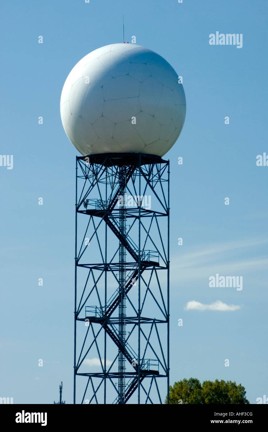 National Weather Service Doppler Radar Installation at Green Bay