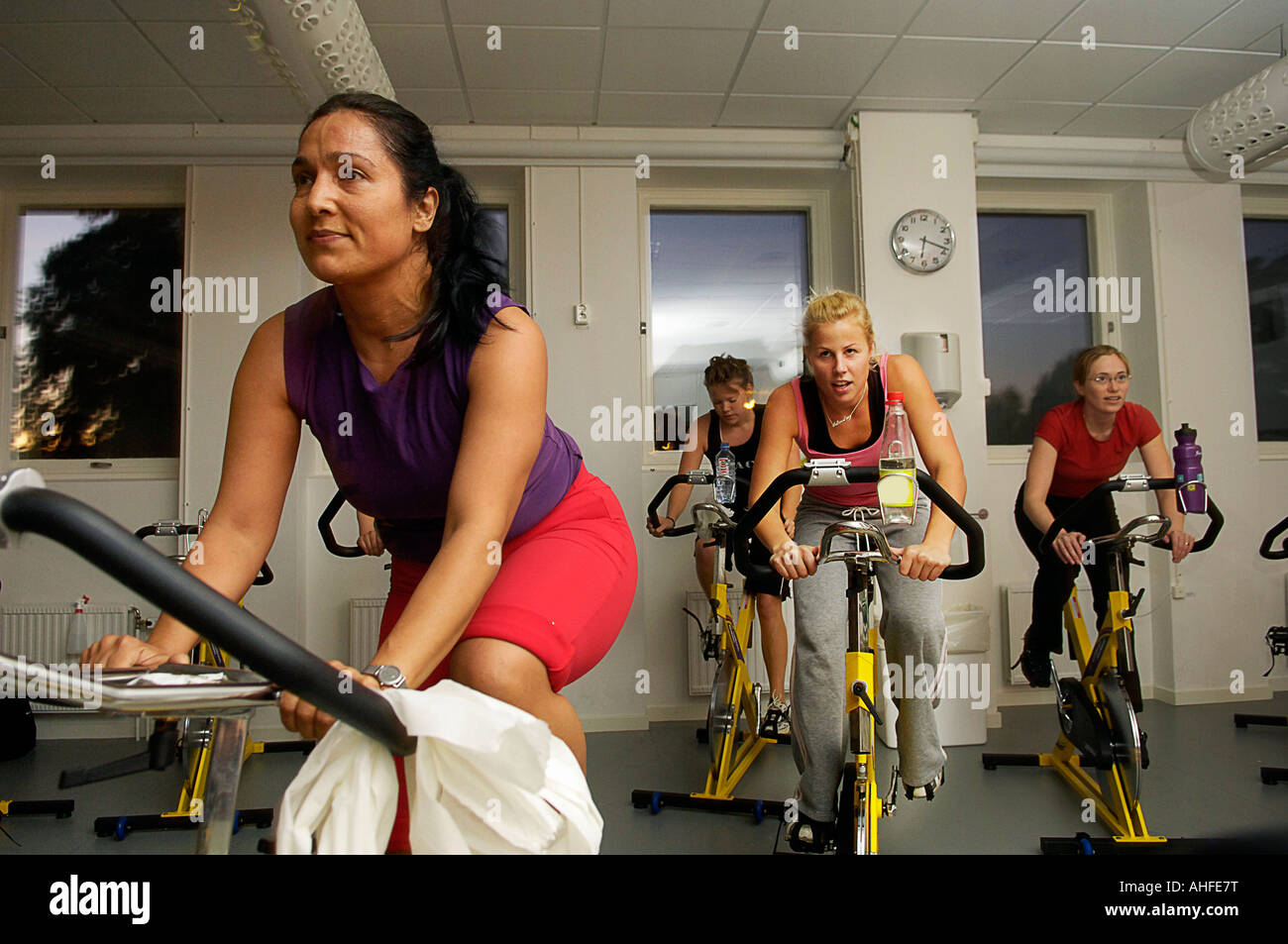 Group Cycling Spinning Class In A Gym Stock Photo 14458619 Alamy
