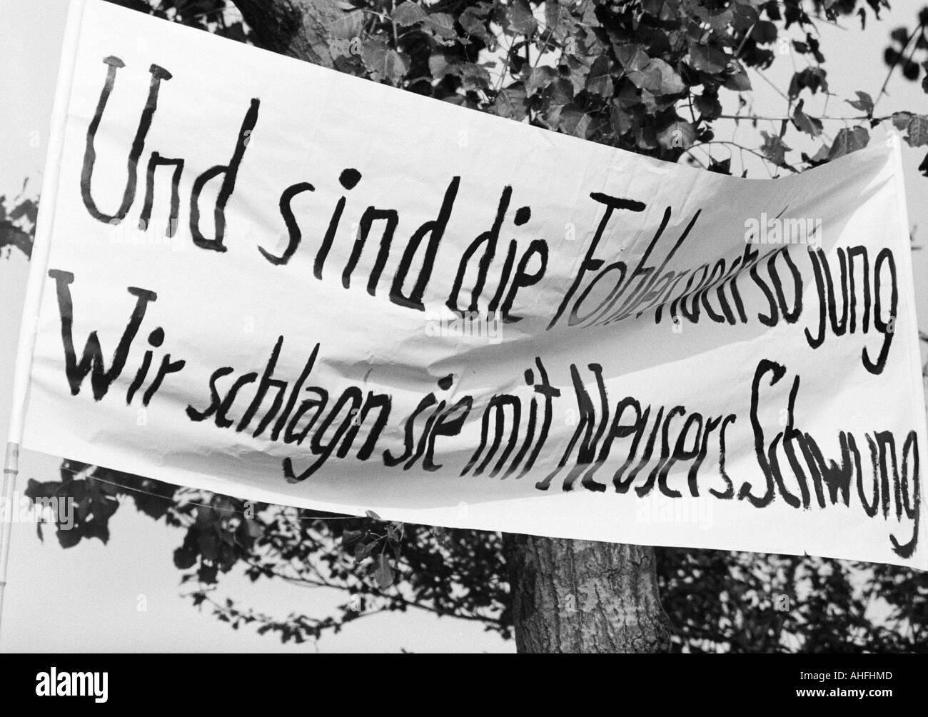 football, Bundesliga, 1966/1967, FC Schalke 04 versus Borussia Moenchengladbach 0:0, Stadium Glueckaufkampfbahn in Gelsenkirchen, banner of the Schalke fans - Stock Image