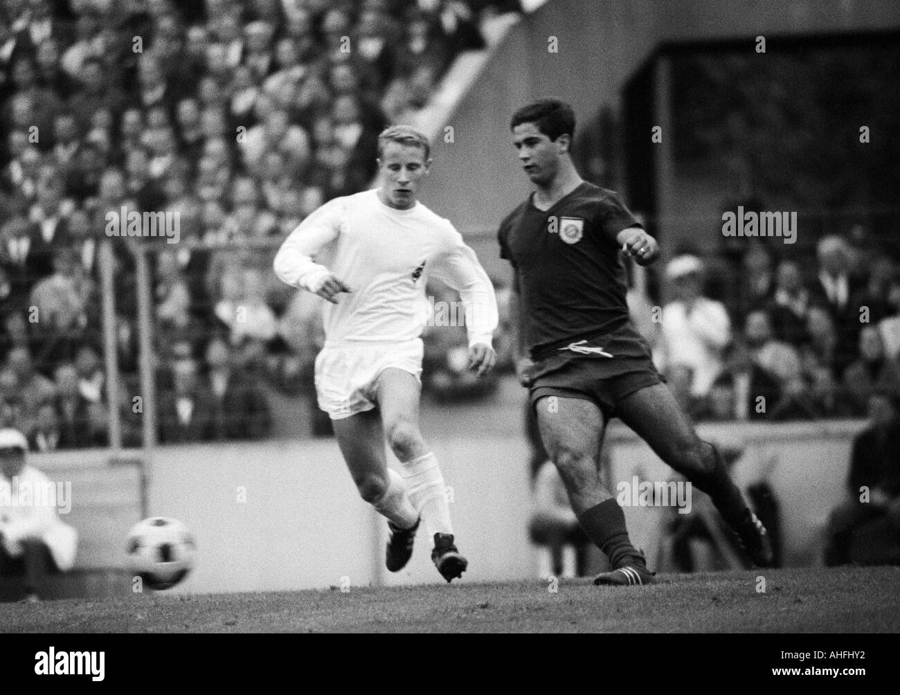 football, Bundesliga, 1966/1967, Stadium at the Gruenwalder Street, FC Bayern Munich versus Borussia Moenchengladbach Stock Photo