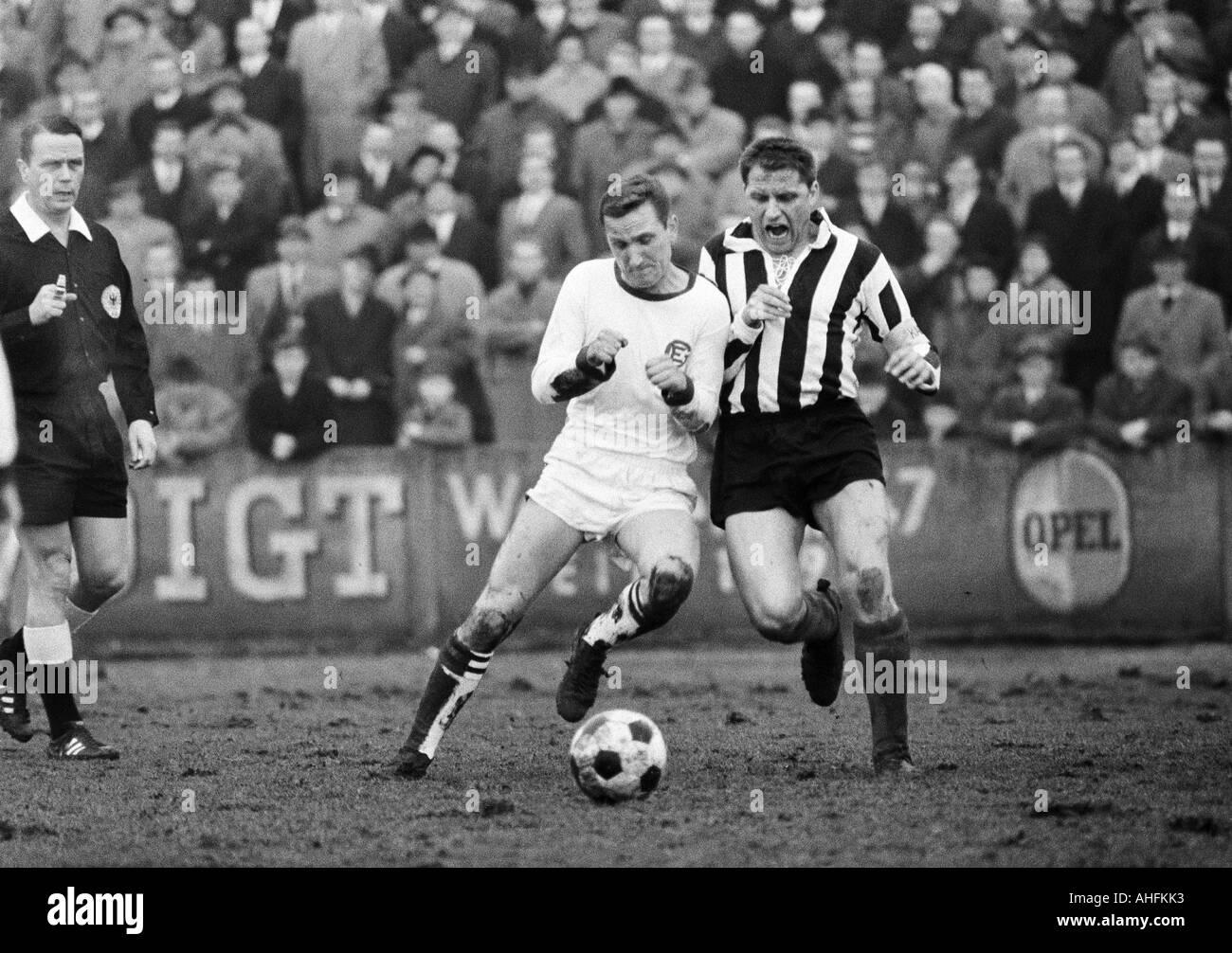 football, Regionalliga West, 1966/1967, Eintracht Gelsenkirchen versus ETB Schwarz-Weiss Essen 0:0, Sued Stadium Stock Photo