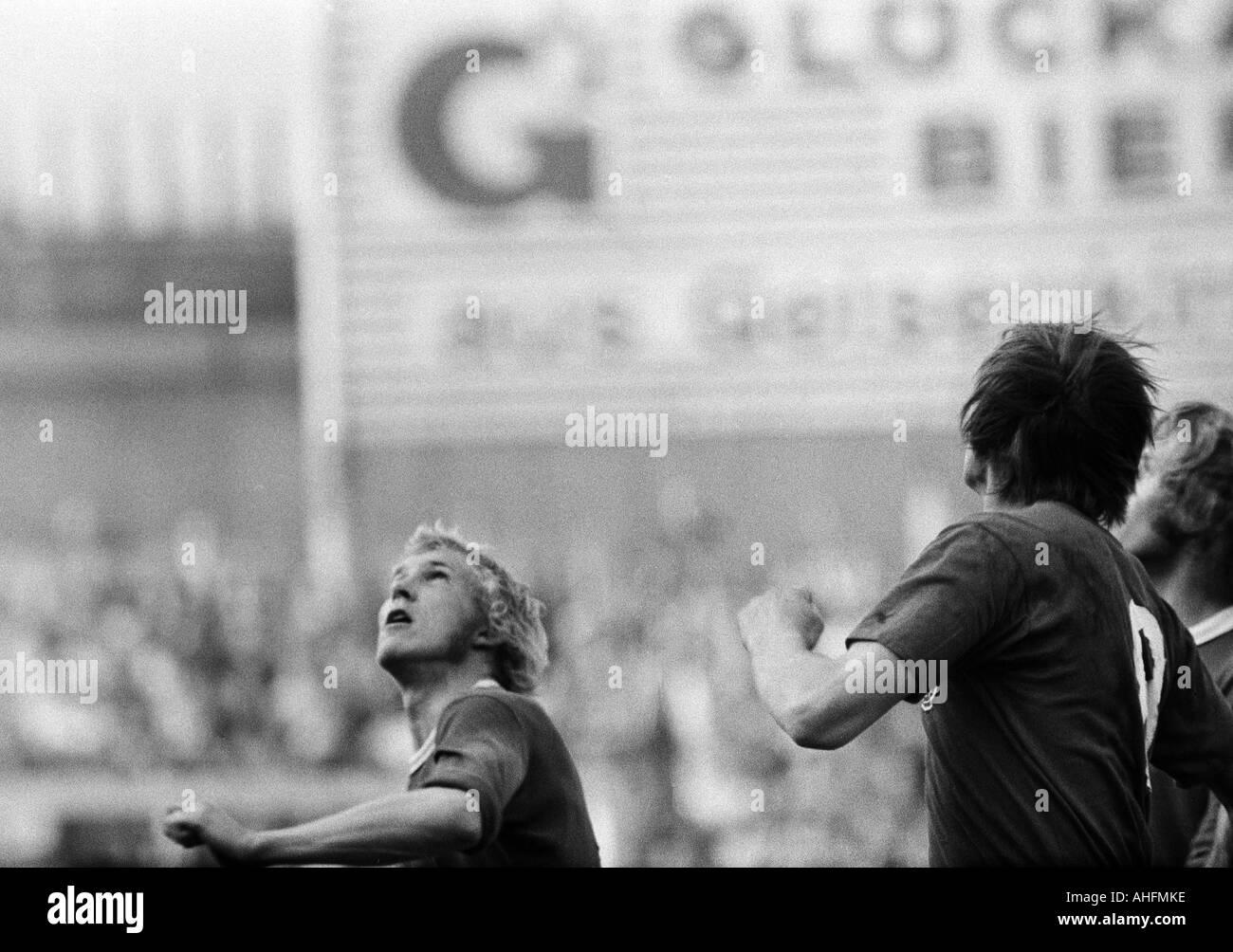 football, Bundesliga, 1971/1972, FC Schalke 04 versus Fortuna Duesseldorf 3:0, Glueckaufkampfbahn Stadium in Gelsenkirchen, scene of the match, Rolf Ruessmann (S04) - Stock Image