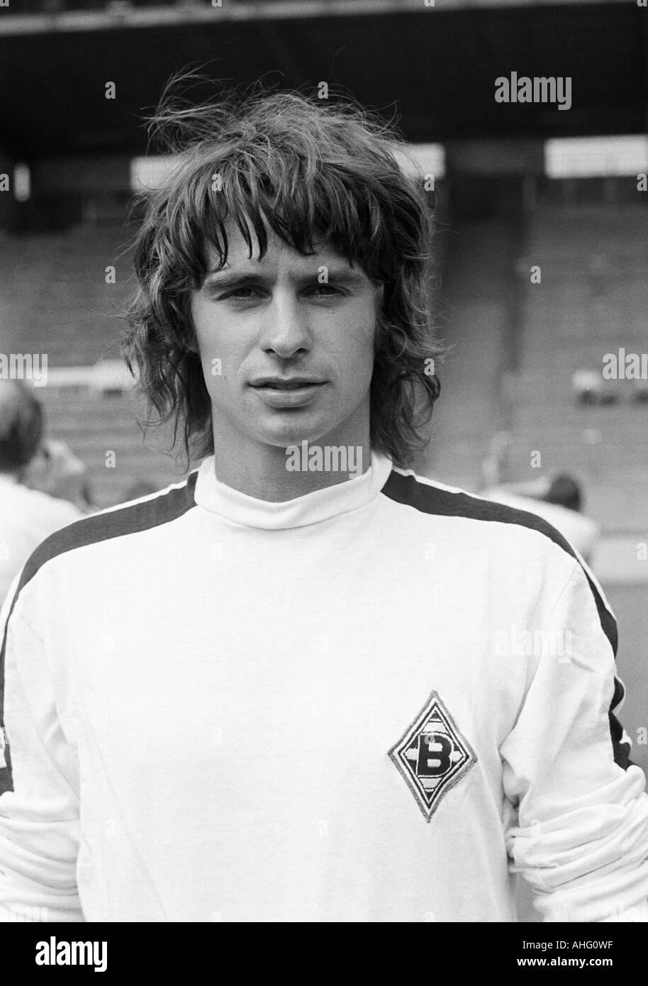 football, Bundesliga, Borussia Moenchengladbach, presentation of the team for the new saison 1975/1976, press photo shooting, portrait of Horst Wohlers - Stock Image