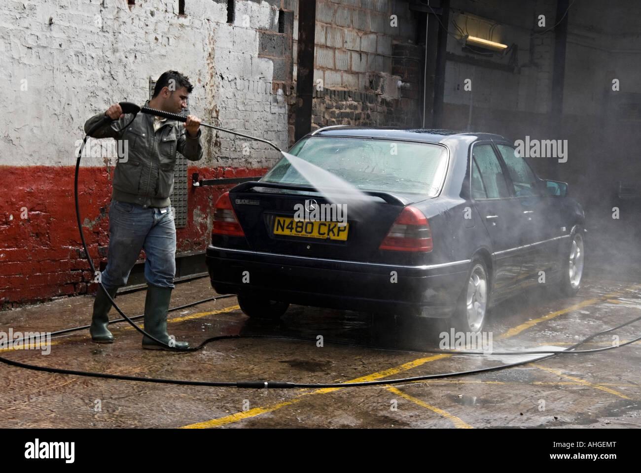 Spray Car Wash >> Hand Car Wash Using Pressurized Water Jet Spray Stock Photo