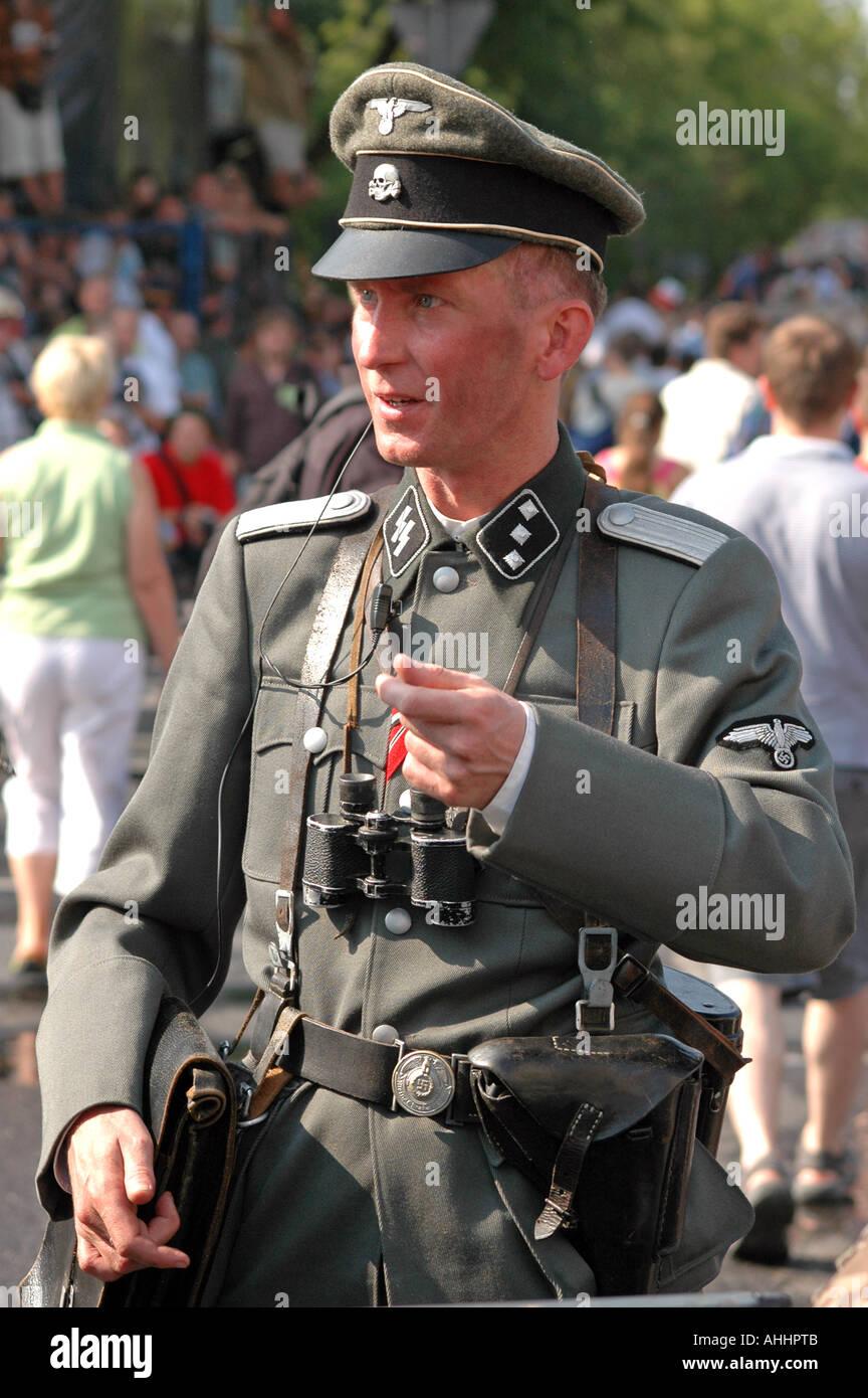 Nazi Uniform Stock Photos & Nazi Uniform Stock Images - Alamy