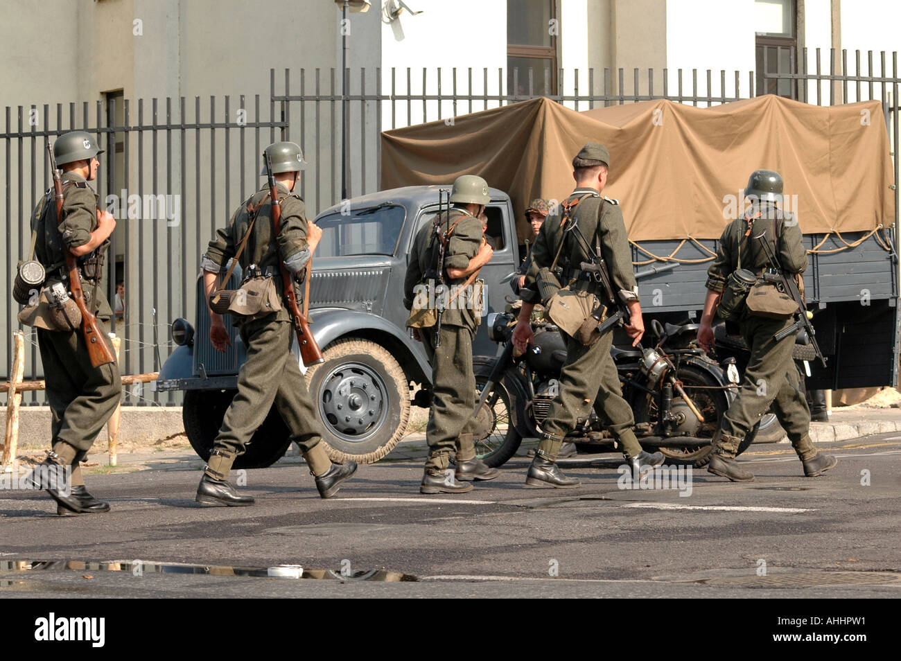 Historical Reenactment Of Warsaw Uprising In 1944 During Ii World Stock Photo Alamy