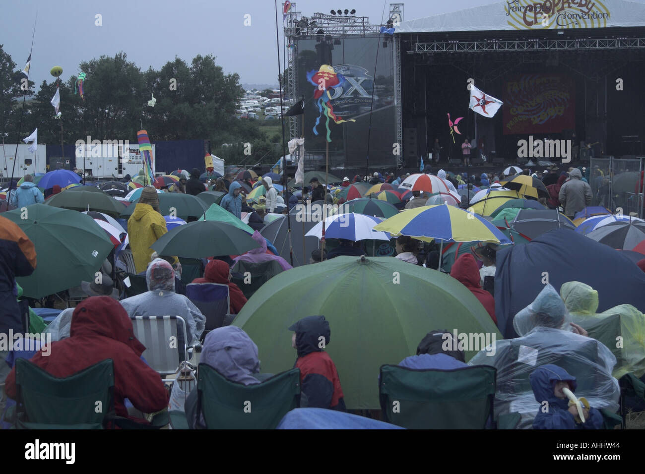 Audience at Cropredy Folk Festival during the rain 2005 - Stock Image