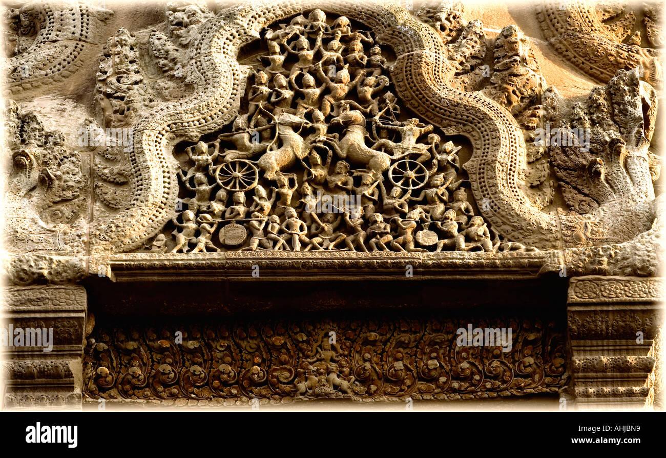 Bas reliefs of Hindu myths at Angkor Wat Cambodia - Stock Image