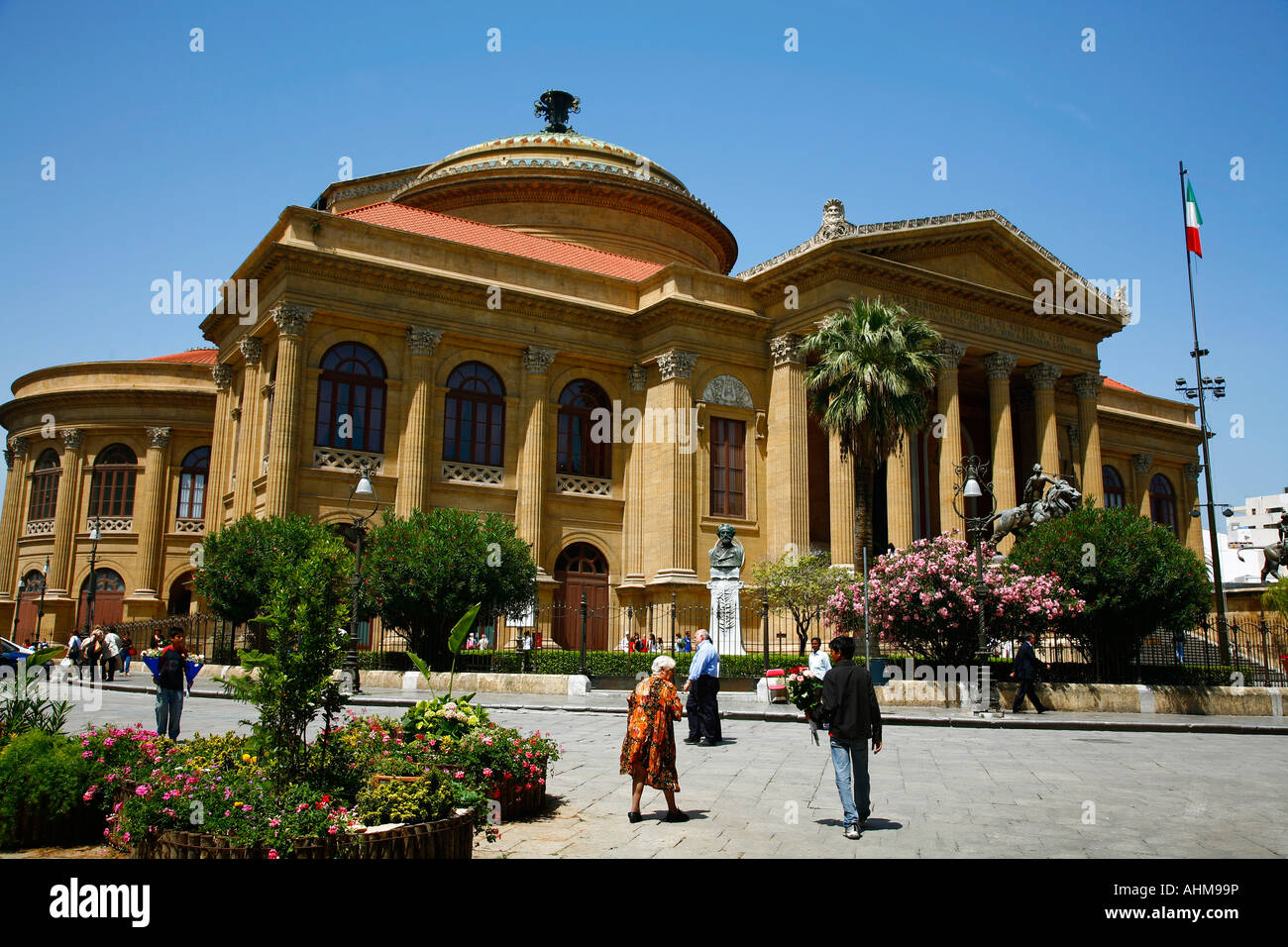 Teatro Massimo Opera House Palermo Sicily Stock Photo ...