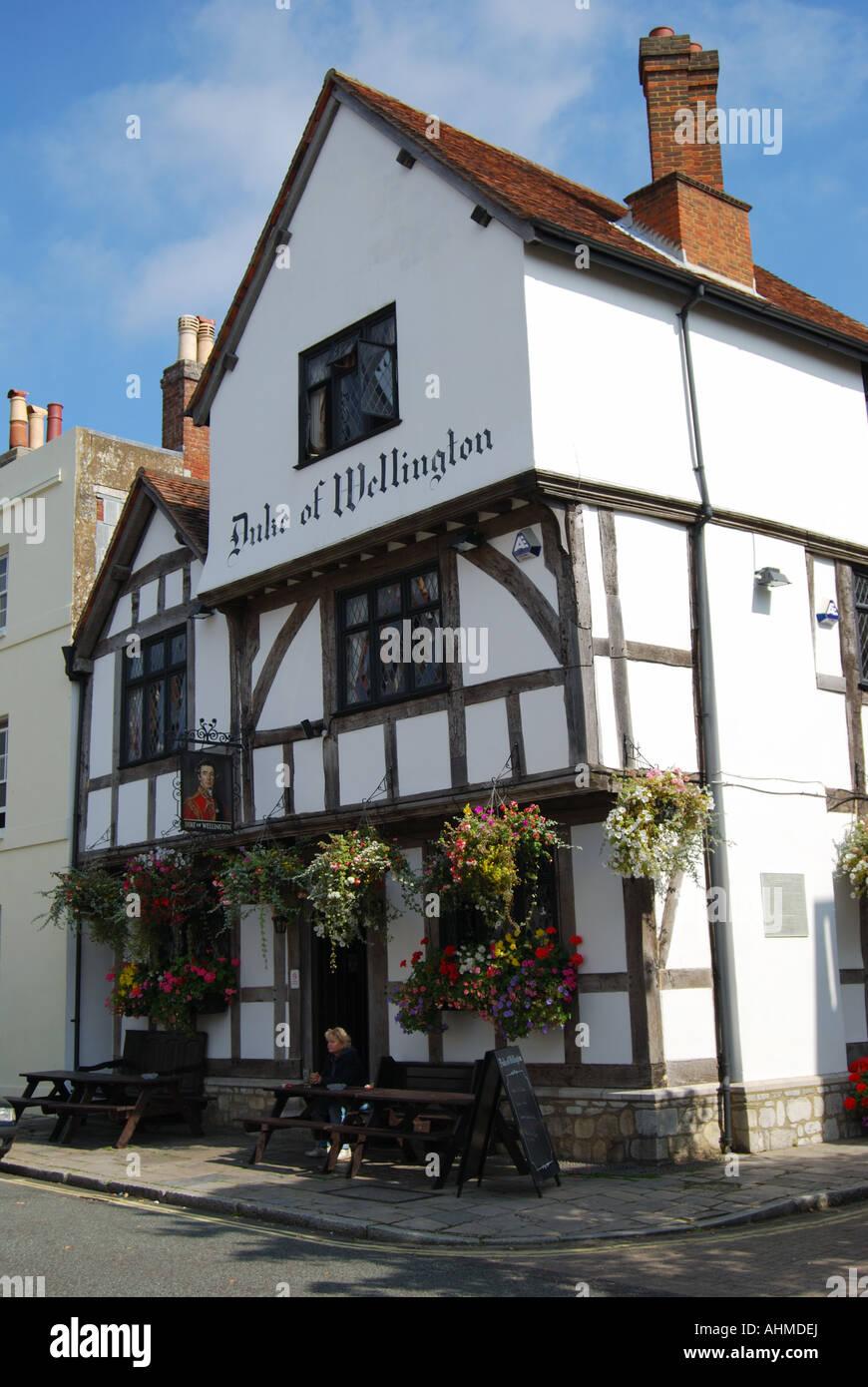 13th century Duke of Wellington Pub, Southampton, Hampshire, England, United Kingdom - Stock Image