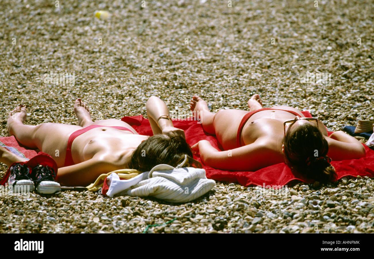 topless-suedsee-maedchen