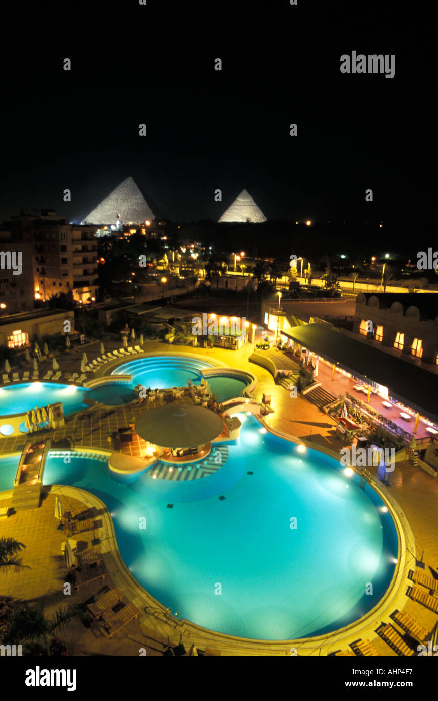 View Of The Great Pyramids Of Giza Fom The Luxurious Le Meridien Stock Photo Alamy