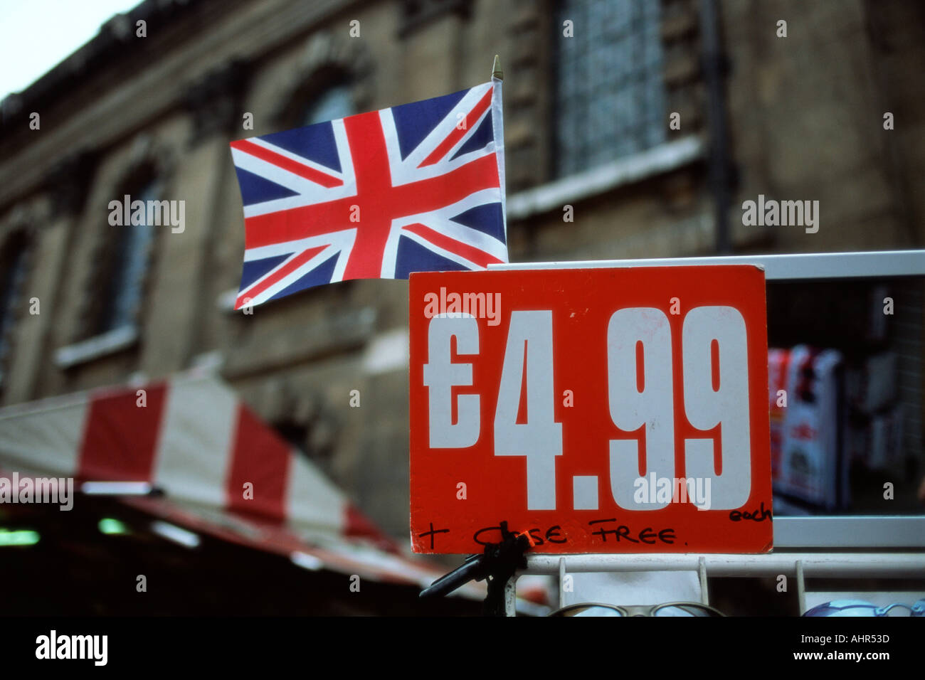 Price tag on market stall - Stock Image
