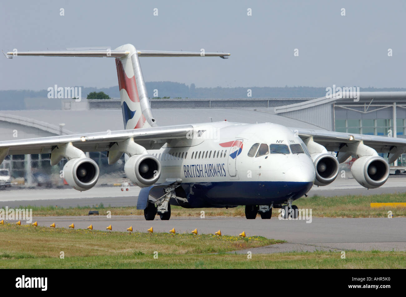 BEA 146-300 British Airways Connect Passenger Jet Airliner.   XAV 1247-301 - Stock Image