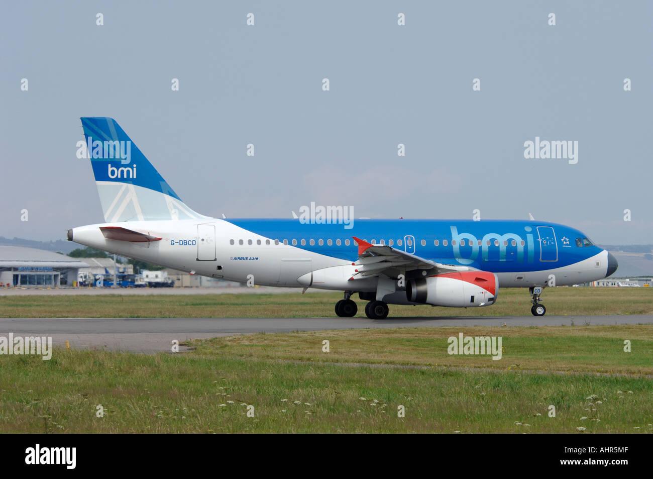 British Midland Boeing Airbus 319 Civil Passenger Airliner.  G-DBCD - Stock Image