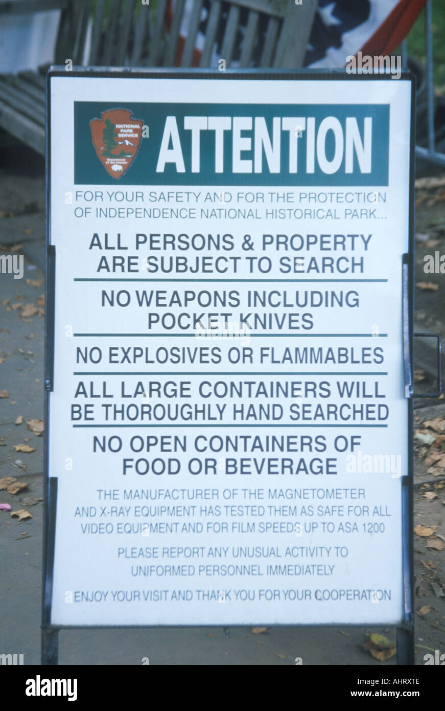 Notice announcing regulations to enter Independence National Historical Park PA - Stock Image