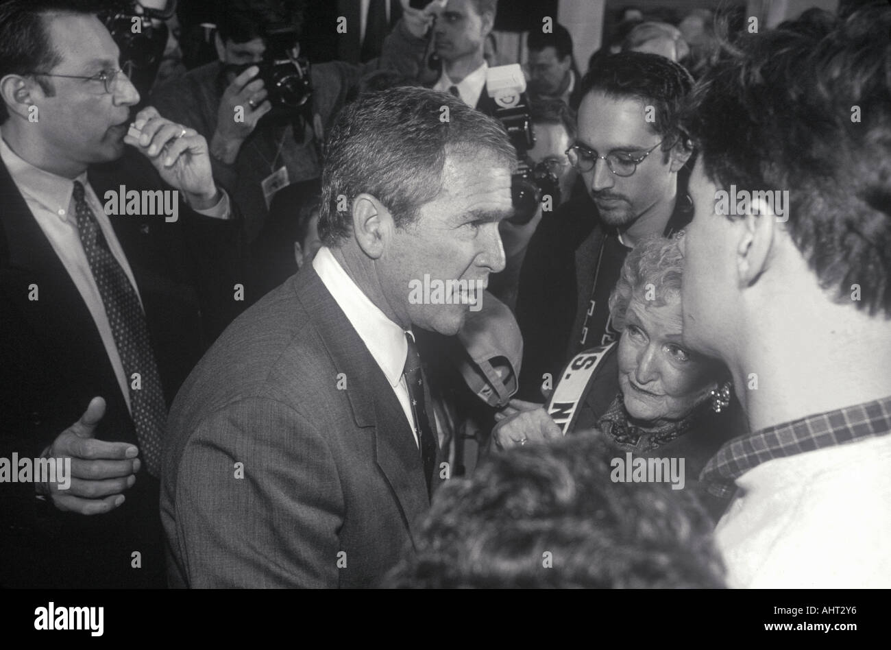 George W Bush speaking at Londonderry High School NH January 2000 Stock Photo
