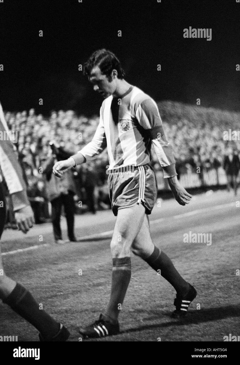 football, Bundesliga, 1970/1971, Boekelberg Stadium in Moenchengladbach, Borussia Moenchengladbach versus FC Bayern Munich 3:1, football player, team captain Franz Beckenbauer (FCB) - Stock Image
