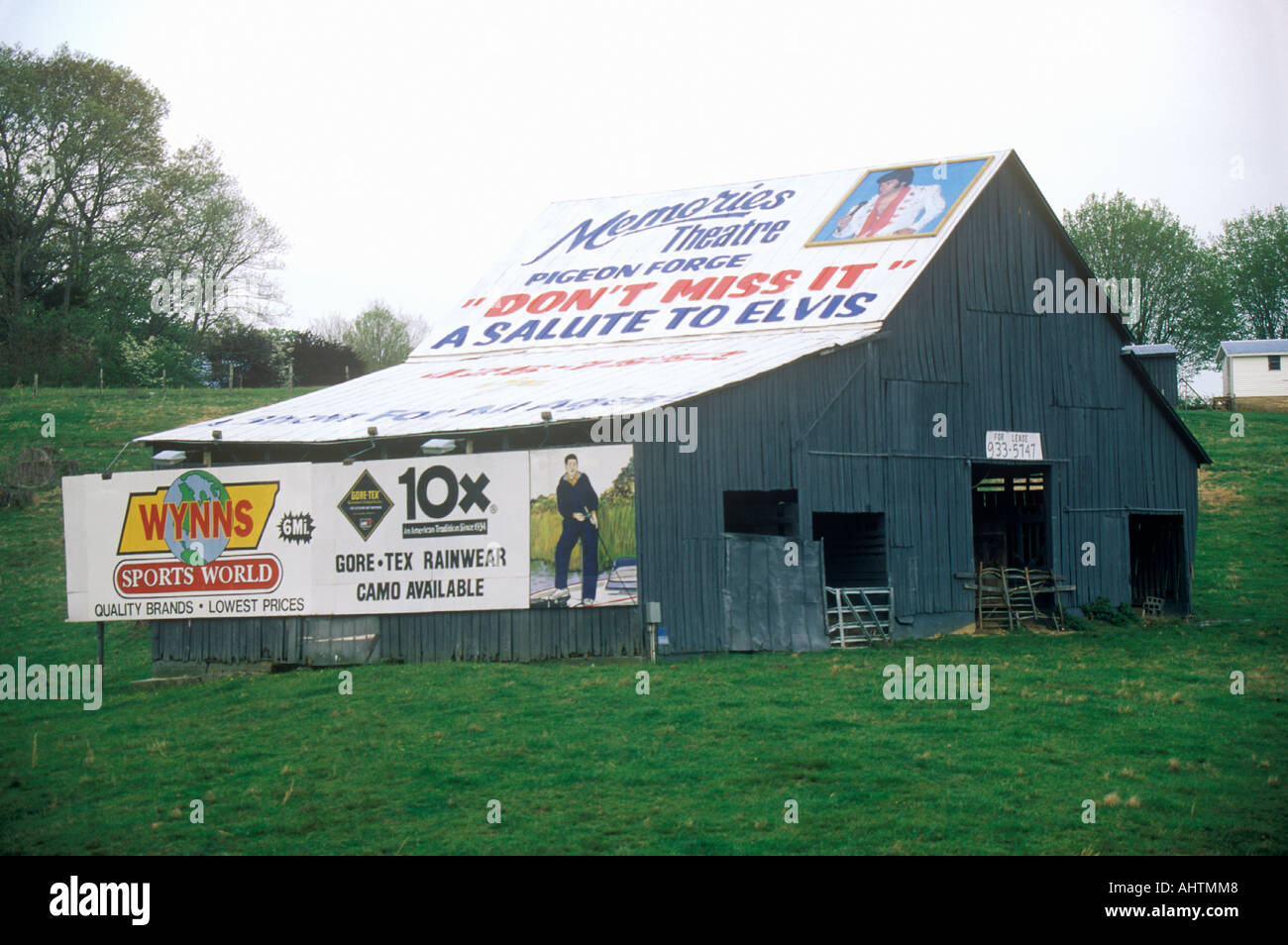 Advertisements plastering barn Southern United States - Stock Image