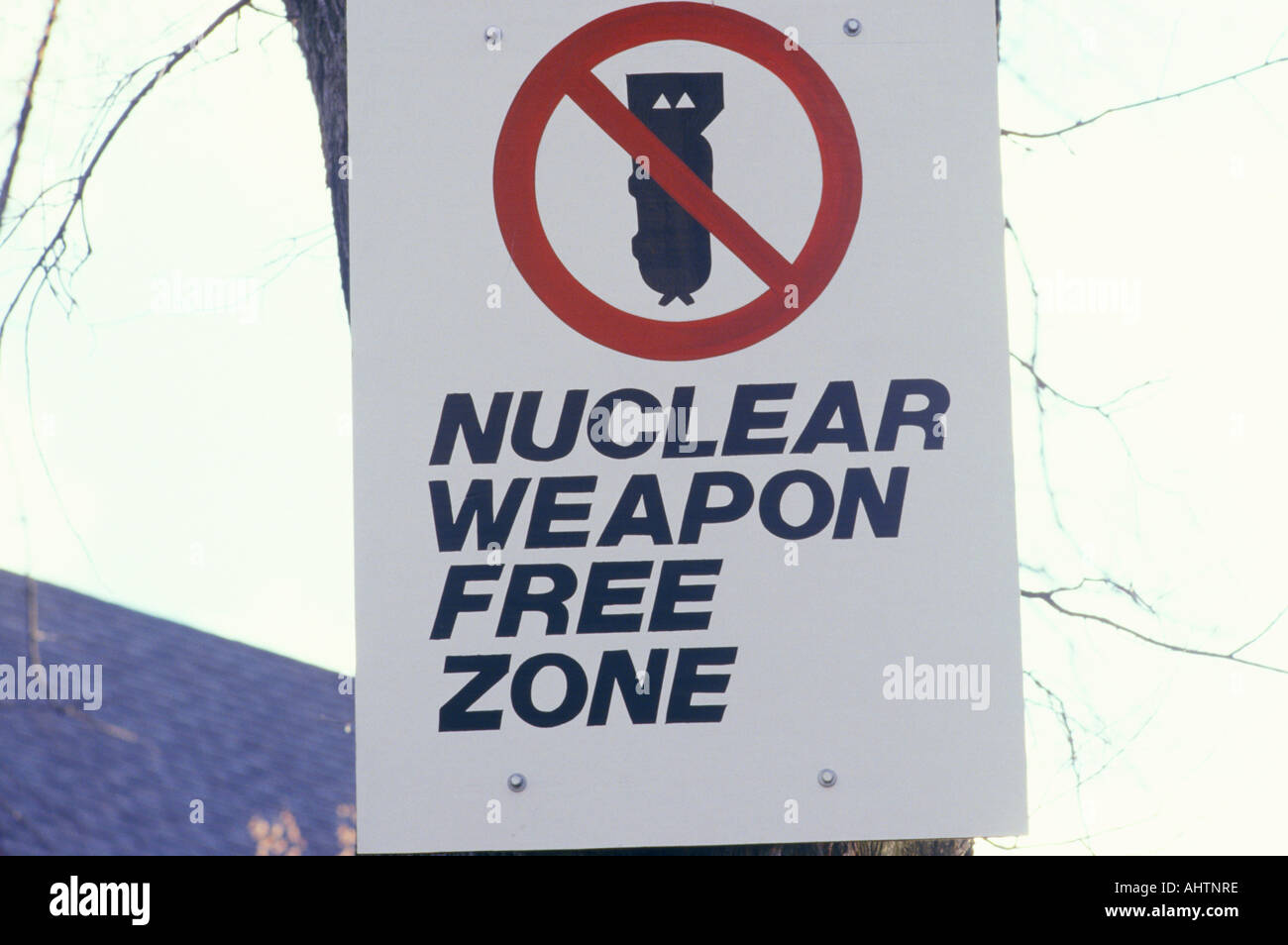 A nuclear weapon free zone sign - Stock Image