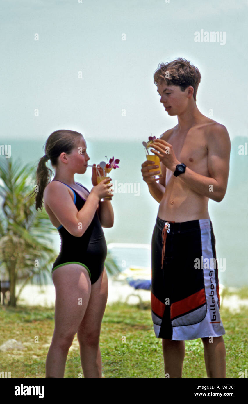 Against boy short women tall small two Evaluation of