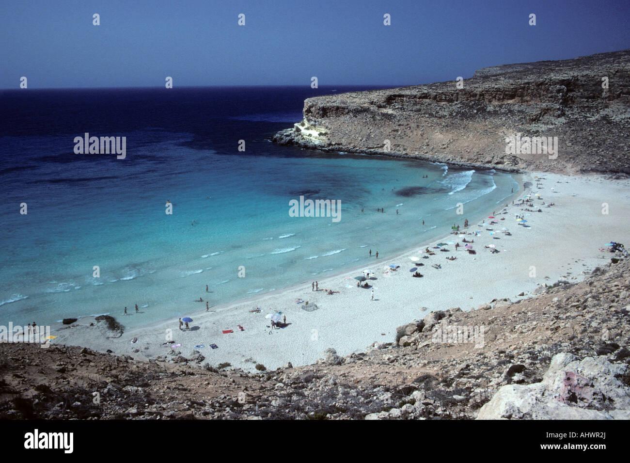 Watch Spiaggia dei Conigli, Lampedusa, Sicily video