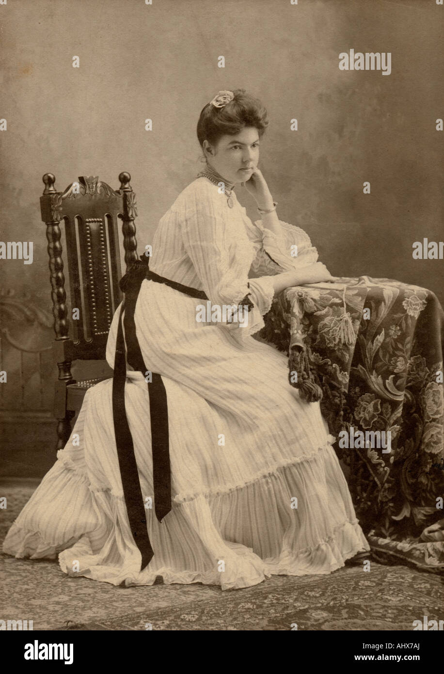Circa 1890s antique photograph of a woman aged about 25-35. - Stock Image