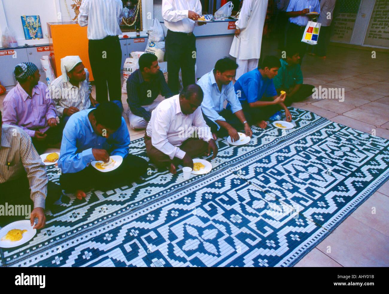 Dubai Uae Shiva Krishna Temple Bur Dubai Hindus Eating In