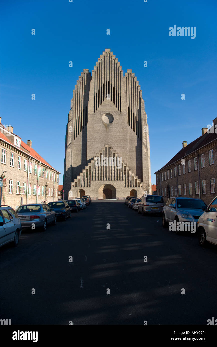 Road leading up to Grundtvigs Kirke (Grundtvigs Church) in Copenhagen's Nordvest-district. - Stock Image