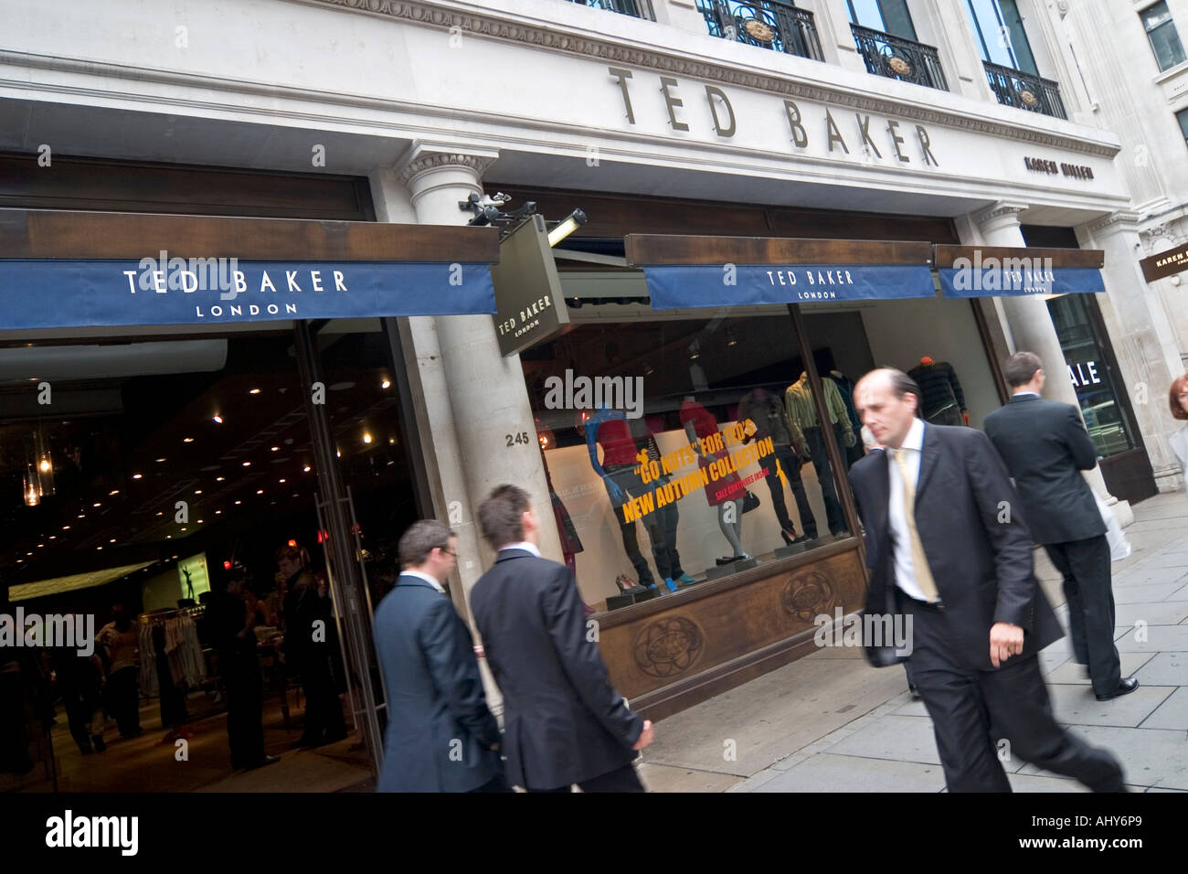 Ted Baker Shop Stock Photos   Ted Baker Shop Stock Images - Alamy d16303cbecbe7