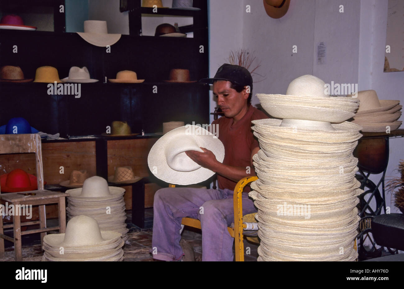 Ecuadorian Hats Stock Photos   Ecuadorian Hats Stock Images - Alamy 4c1b77d9962