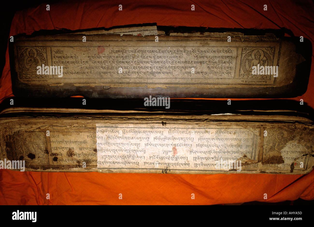 Old medical tantra holy script Tashi Palkhiel Tibetan