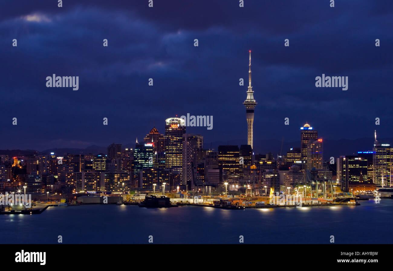Auckland City Skyline at Dusk New Zealand on Friday 19 January 2007 - Stock Image