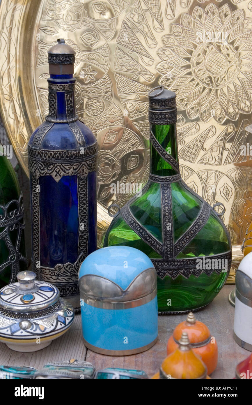 Antique Glassware Cosmetic Jars Copper Market Suq Al Ghizdir