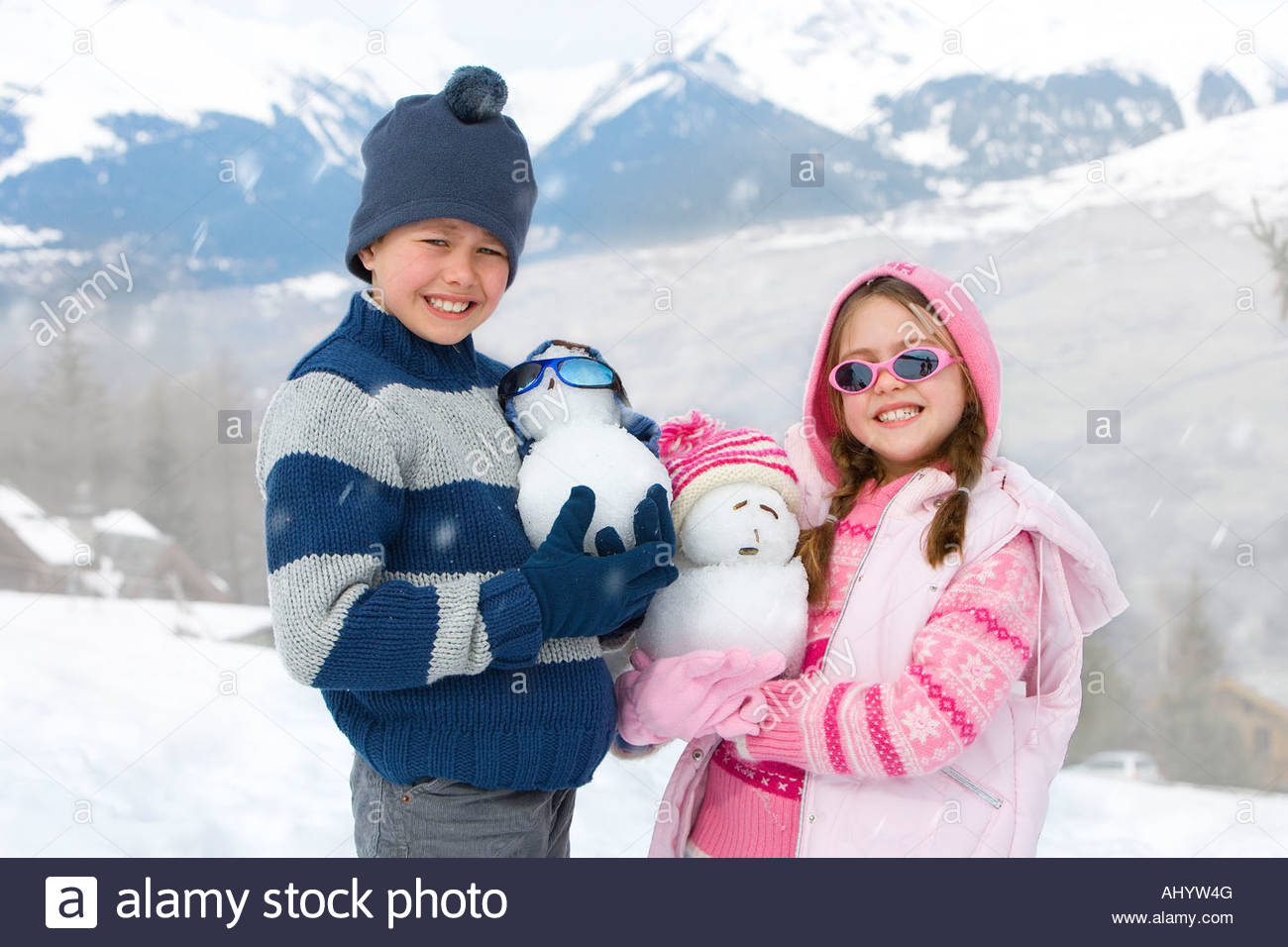 Wearing Wool Hats Stock Photos   Wearing Wool Hats Stock Images - Alamy c587e675a082