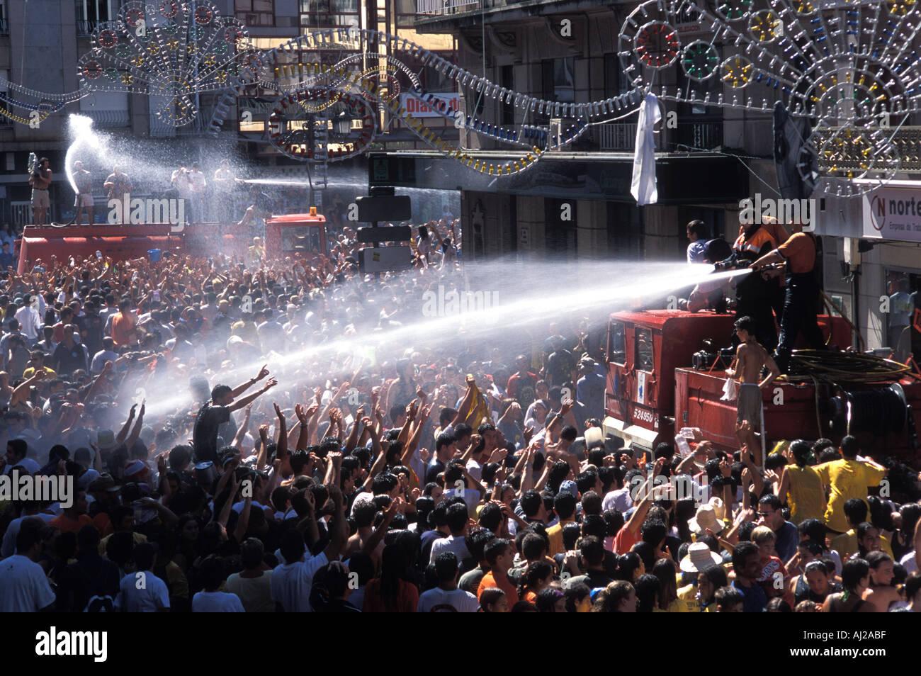 Annual Fiesta del Agua at Vilagarcia de Arousa in Galicia Spain - Stock Image
