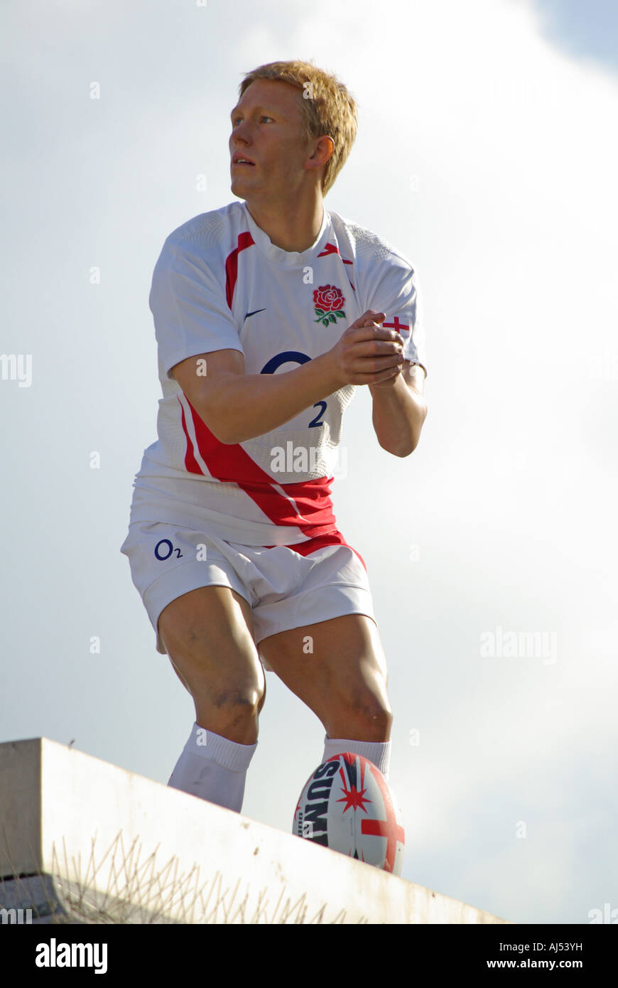 Jonny Wilkinson England rugby player fame for a day waxwork sculpture placed on spare plinth in Trafalgar Square - Stock Image