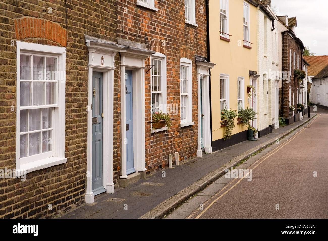 UK Kent Sandwich Fisher Street terrace of properties in old town centre - Stock Image