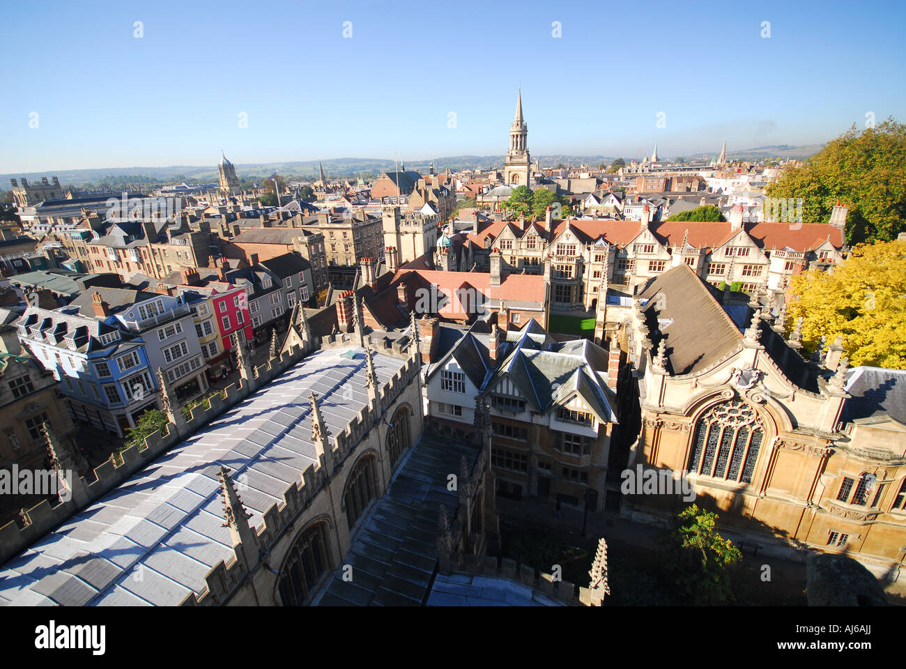 OXFORD, UK. A view of the city centre towards Carfax from the University Church of St Mary, with the High Street - Stock Image