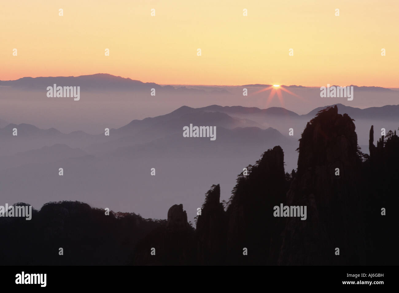 sunrise at The Eighteen Achats, China, Anhui, Huangshan - Stock Image