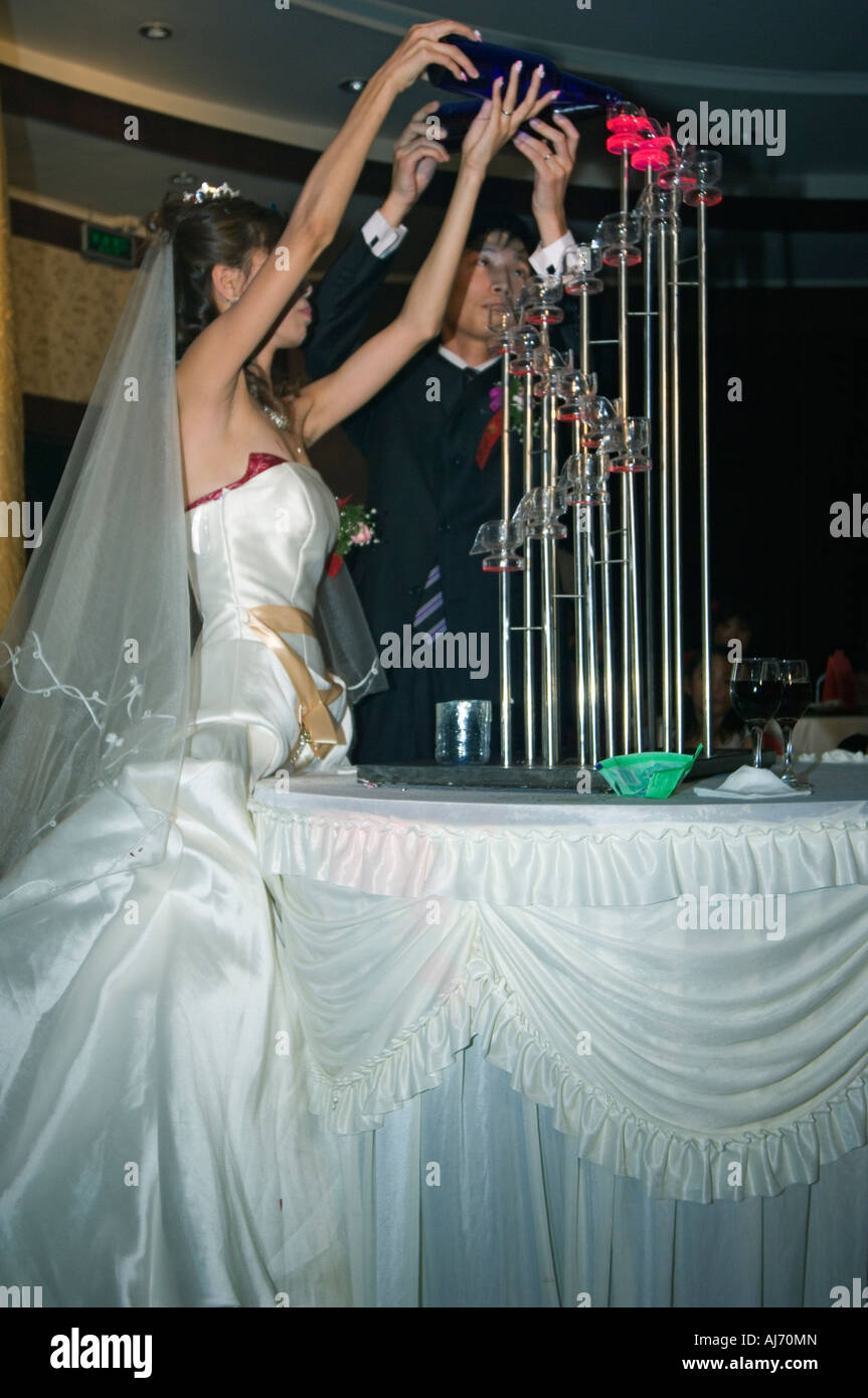 Chinese couple getting married in western wedding dress Beijing ...