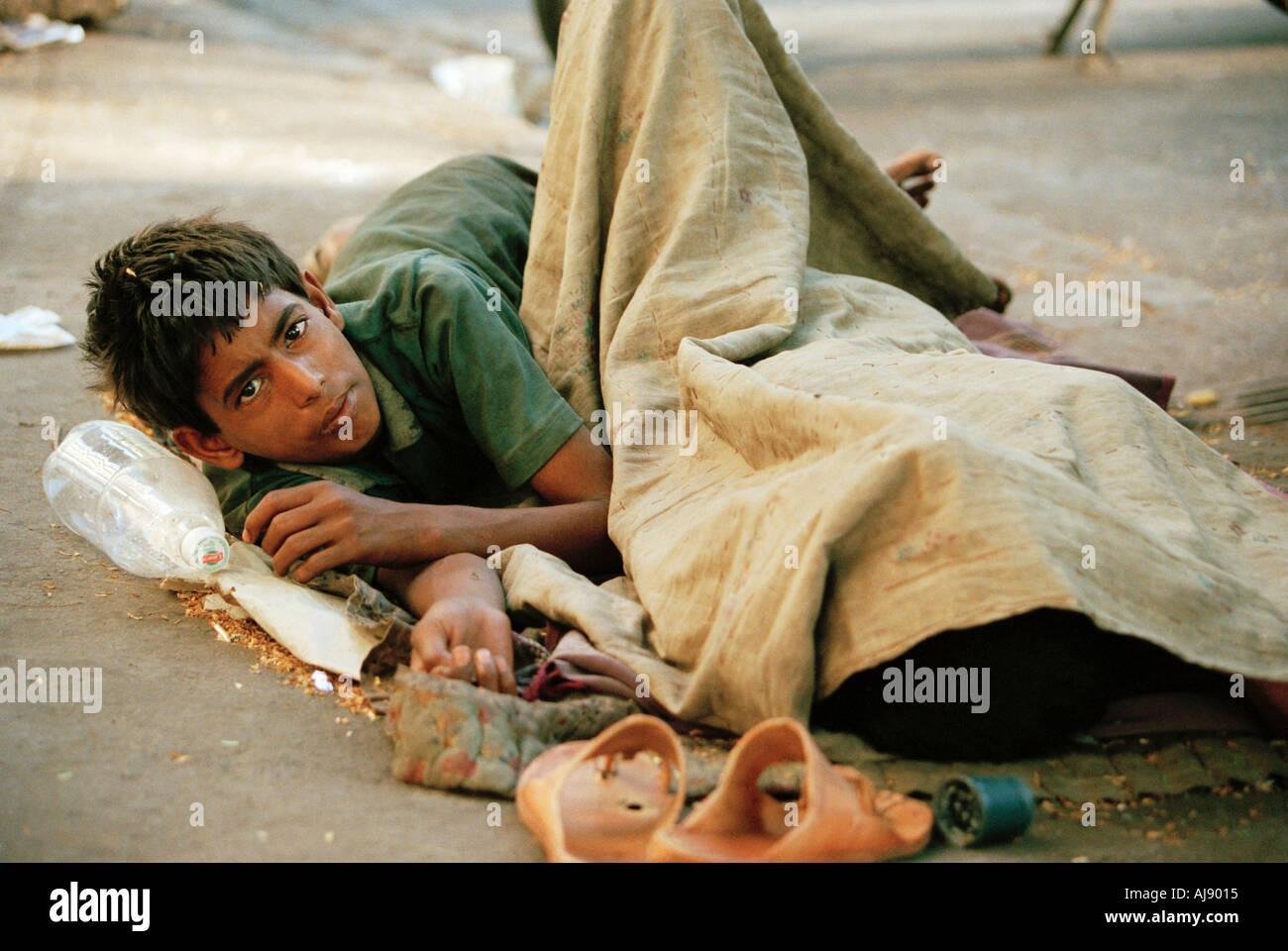 street kid bombay Mumbai India - Stock Image