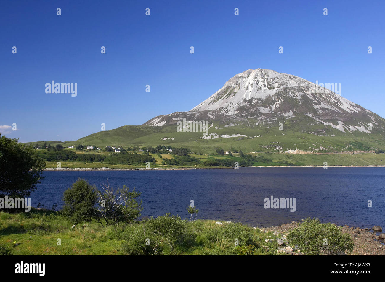 Errigal mountain donegals highest peak against a blue sky between dunlewey and gweedore white quartzite conical cone - Stock Image