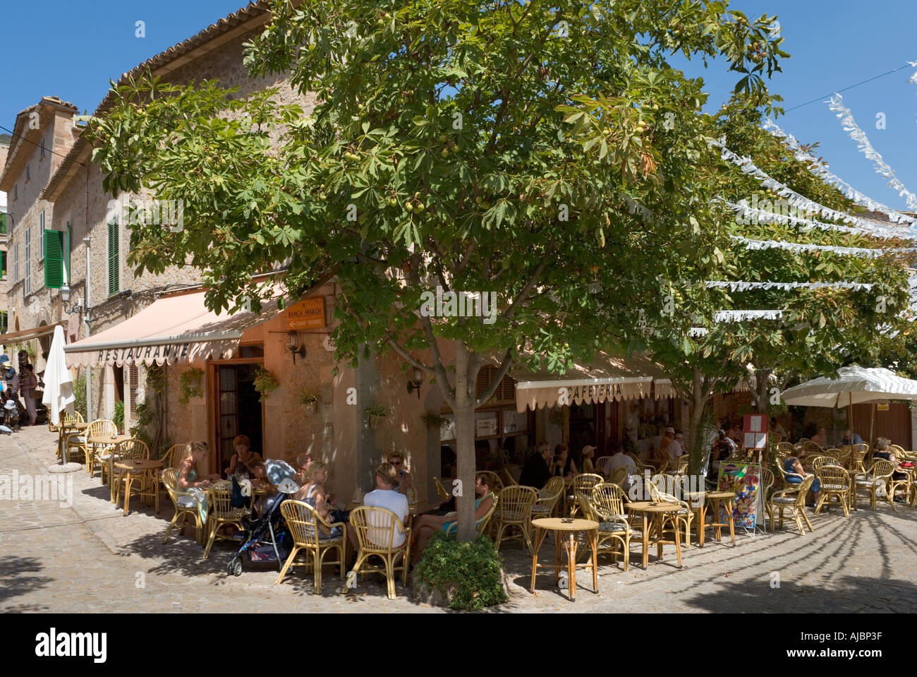 Cafe in the old town centre, Valldemossa, West Coast, Mallorca, Spain - Stock Image
